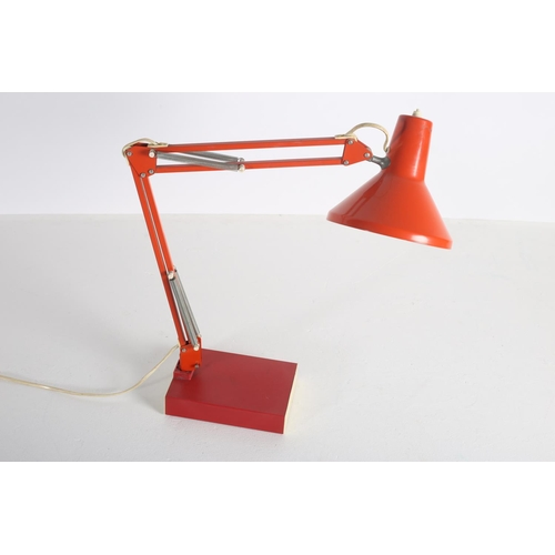 49 - AN ITALAIN VINTAGE ANGLEPOISE DESK LAMP
