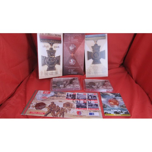 23 - VICTORIA CROSS COINS ,50TH ANNIVERSARY D-DAY FIFTY PENCE COIN ,D-DAY 75 GOLD EDITION COIN AND 2 ,WW1...