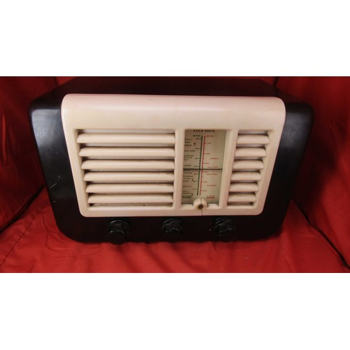 59 - VINTAGE RADIO A/F...