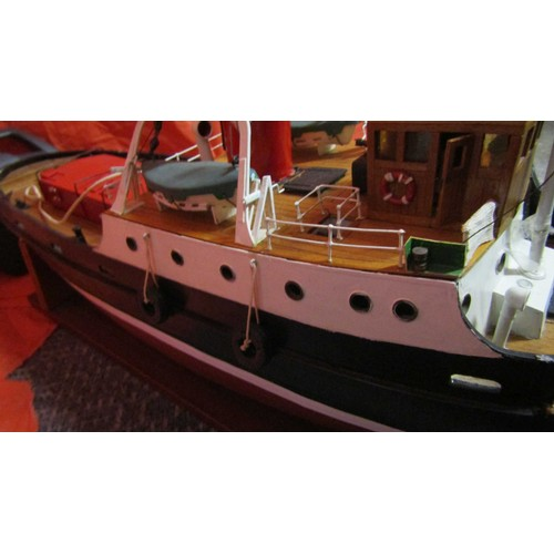 60 - VINTAGE SCRATCH BUILT POND BOAT WITH BATTERY PACK AND CONTROLLER  BANGARTH LIVERPOOL 2 FOOT BY 7