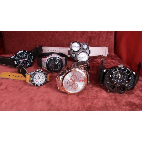 32 - JOB LOT OF WATCHES A/F