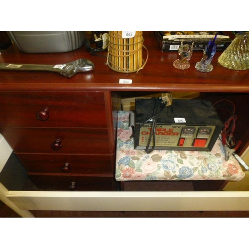 654 - DRESSING TABLE AND STOOL