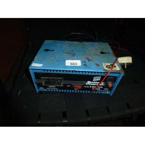 663 - BATTERY CHARGER