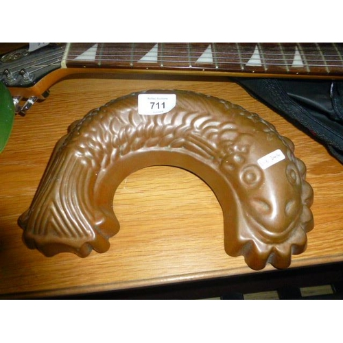 711 - COPPER JELLY MOULD