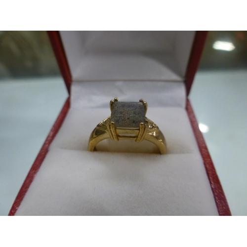 518 - 9CT GOLD DIAMOND AND TANZANITE SIZE M...