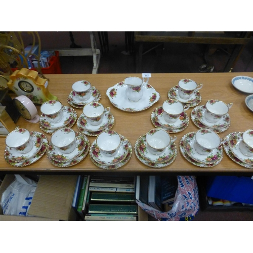 562 - COUNTRY ROSES TEA SET...