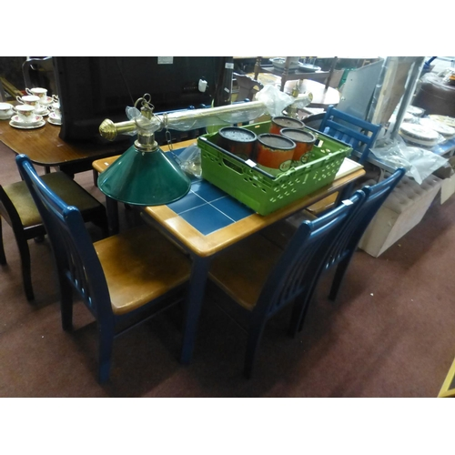 626 - TABLE AND 6 CHAIRS