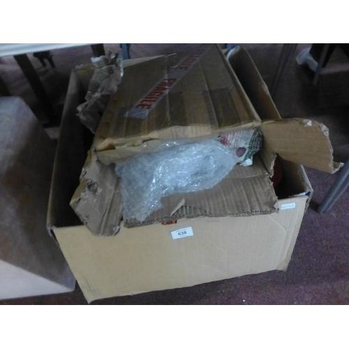 638 - BOX LOT