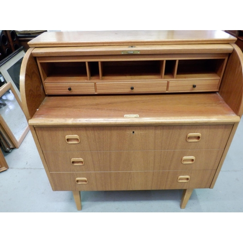 283 - Mid Century Roll Top Desk with 3 Drawers in Oak Veneer with Parquetry Front. 90 x 47 x 97cm