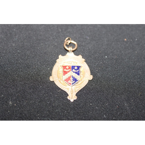 162 - 1 x 1907 9ct gold and enamel fob...