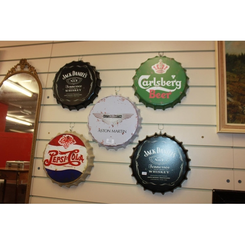 23 - 5 x large replica metal bottle cap wall hangings jack Daniels carlsburg etc...