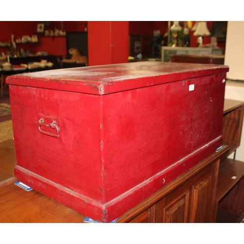 30 - 1 x Victorian pine blanket box