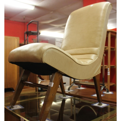 37 - 1 x 1960 cream vinyl chair