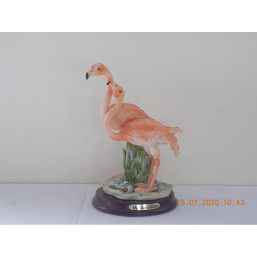 14 - Flamingos Figurine...