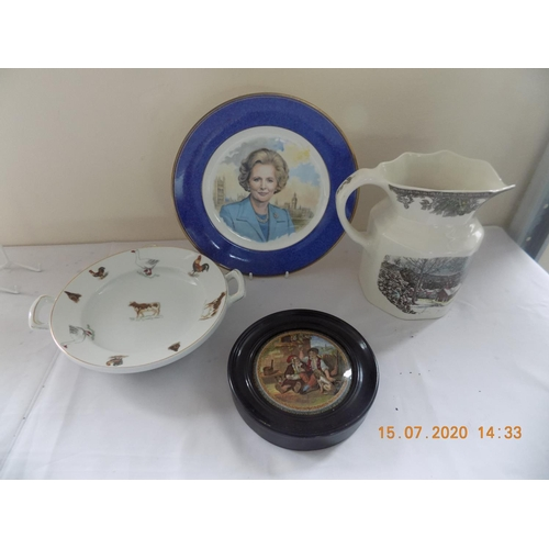36 - 4 Ceramic Items...