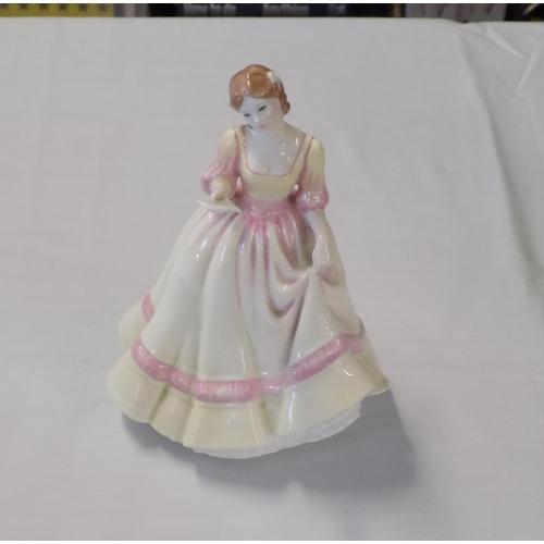 50 - Royal Doulton Figurine 'Yours Forever' HN 3354...
