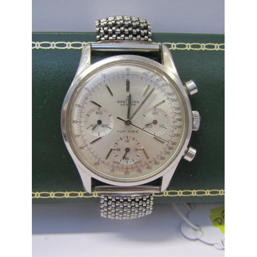 131 - BREITLING CHRONOGRAPH WRIST WATCH, gentleman's Breitling top time chronograph, circa 1965, with 3 su...
