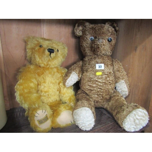 33 - TEDDY BEARS, Merrythought Limited Edition