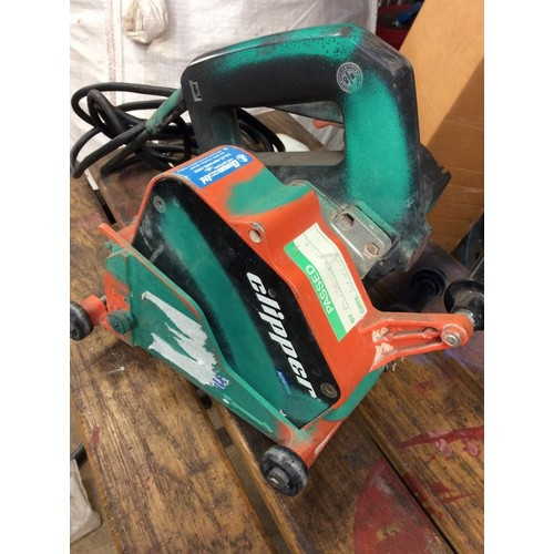 14 - COLLECTION PAR; plus VAT Clipper wall chaser saw, with metal carry case and 2 diamond blades fitted,...