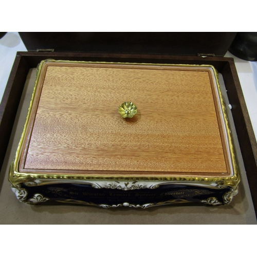 115 - WINSTON CHURCHILL, limited edition paragon lidded cigar box, in original presentation case (lid repa...