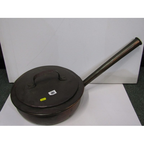 191 - ANTIQUE METALWARE, Large 19th Century copper long handled lidded kitchen pan, 13