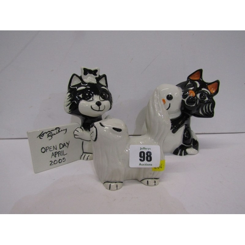 98 - LORNA BAILEY, 3 comical Cat figures