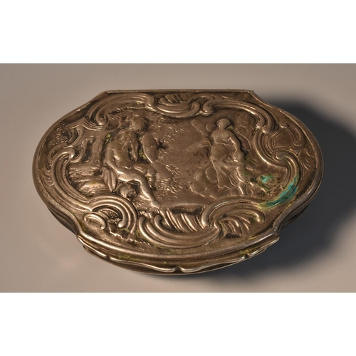 54 - A Continental silver shaped serpentine snuff box, hinged cover chased with a scene from Classical an...