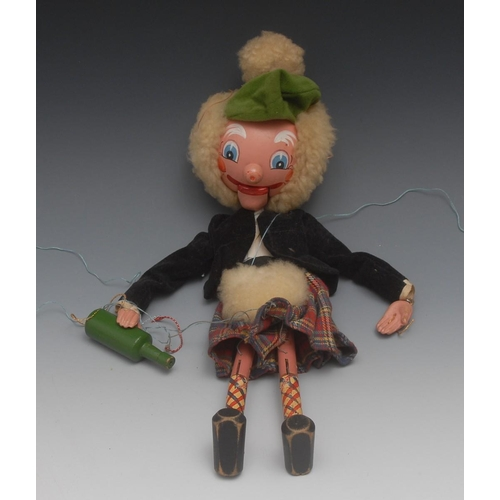 73 - SM MacBoozle - Pelham Puppets SM Range, round wooden head, metal knee joints, chain link arms, fuzzy...