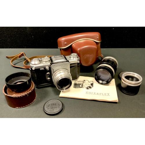 30 - A Wirgin Edixa-Mat Flex S 35mm camera, original case, Steinheil Munchen Cassar S 1:2.8 50mm lens, or...