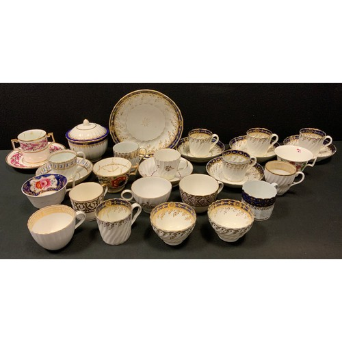 46 - Ceramics - a 19th century Chamberlains/Worcester part table service inc tea bowls and stands, cups, ...