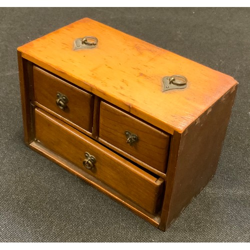 18 - A small Chinese boxwood travelling spice chest of two short over single long drawer, 64mm high, 100m...