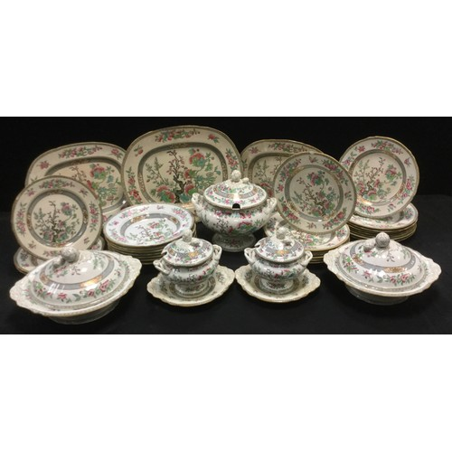 149 - A 19th century Minton Indian Tree pattern dinner service inc Soup Tureen and cover, pair of sauce di...