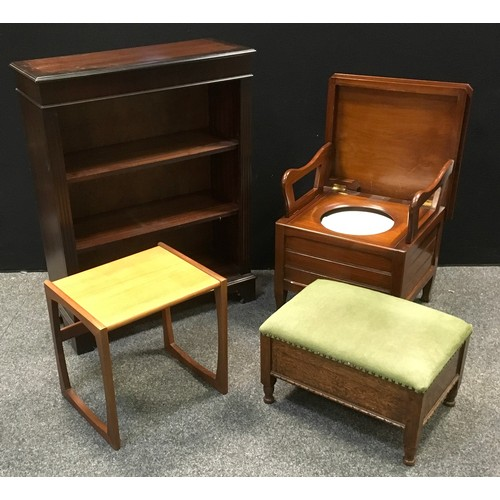 196 - A reproduction mahogany floor standing bookcase; an oak workbox/stool; a G-Plan occasional table; a ...