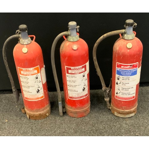 250 - Vintage Nu-swift multra stored pressure dry powder fire extinguisher, 10kg; others(3), (still full.)