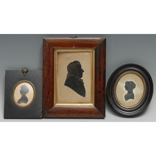 3597 - English School (first-half, 19th century), portrait silhouette, of a gentleman, bust-length and in p...
