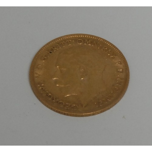 3944 - Coin, GB, George V, 1911, gold half-sovereign, 4g, [1]