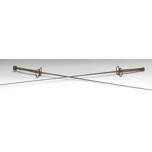 3891 - A fencing epee, by Souzy, Paris, 76.5cm blade, figure of eight guard, corded grip, 95.5cm long overa...