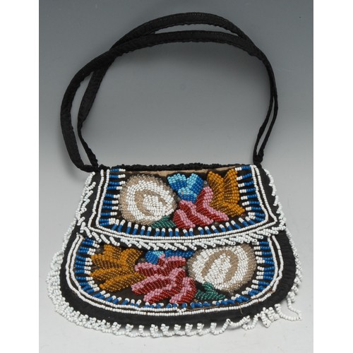 3832 - A Native American beadwork bag, typically brightly decorated, 17cm wide