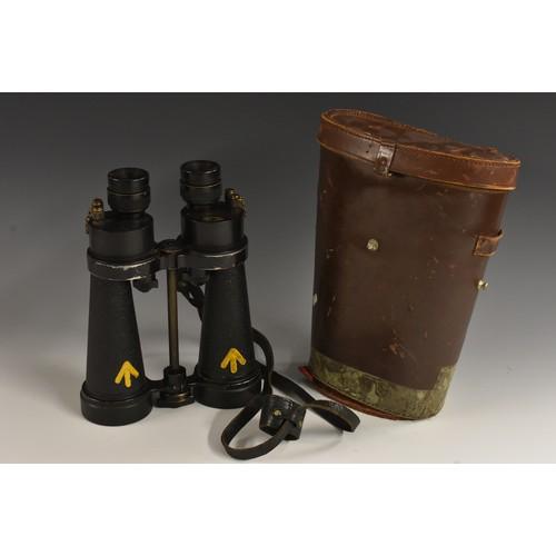 3926A - A pair of Barr & Stroud naval marine binoculars, 7 x CF41, serial no. 55909, painted broad arrow mar...