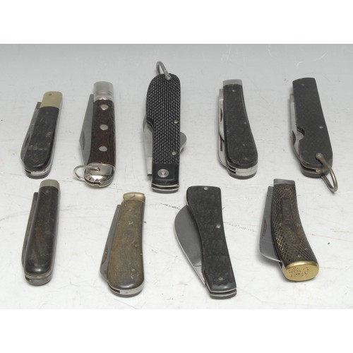 3652 - Machirology - a 19th century pocket knife, Encore, by Turner & Co, two-piece chequered grip, 16.5cm ...