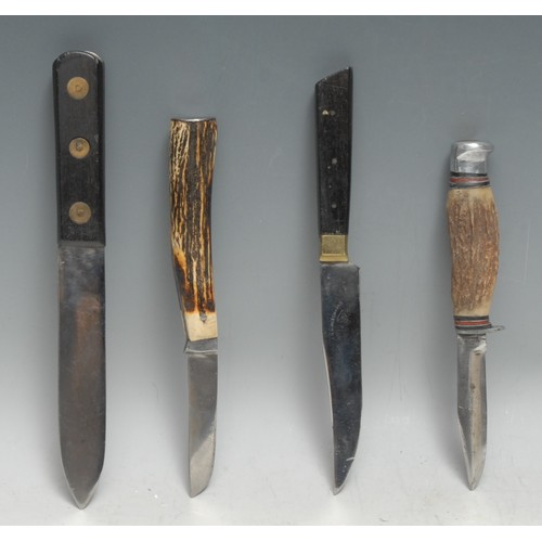 3662 - Machirology - an early 20th century bowie type utility knife, the Green River Knife, by Southern & R...