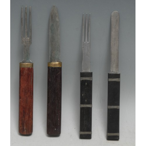 3092 - A 19th century W H Wragg's patent campaign travelling knife and fork, by Thomas Turner, interlocking...