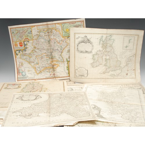 4042 - A collection of 17th, 18th and 19th century British national and county maps, including John Speed (...
