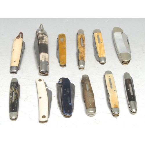 3755 - Machirology - a pocket knife, by George Wostenholm, Sheffield, 6.5cm principal blade marked IXL, two...