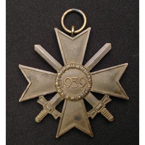 39 - WW2 Third Reich Kriegsverdienstkreuz 2.Klasse mit Schwertern - War Merit Cross 2nd Class with Swords...