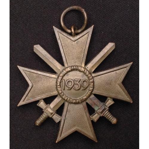 40 - WW2 Third Reich Kriegsverdienstkreuz 2.Klasse mit Schwertern - War Merit Cross 2nd Class with Swords...