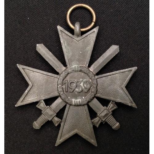 41 - WW2 Third Reich Kriegsverdienstkreuz 2.Klasse mit Schwertern - War Merit Cross 2nd Class with Swords...
