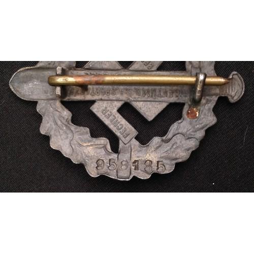 56 - WW2 Third Reich Bronzes SA-Sportabzeichen - SA Sports Badge in Bronze. Issue number 958135. Maker ma...
