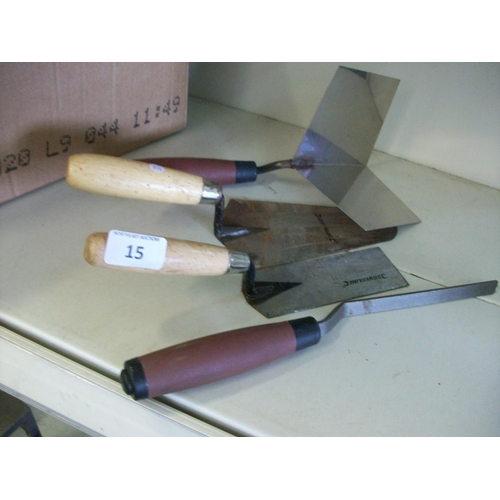 15 - Selection of Plastering Tools...