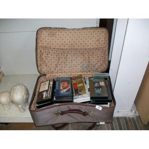 20 - Vintage Suitcase & Contents...